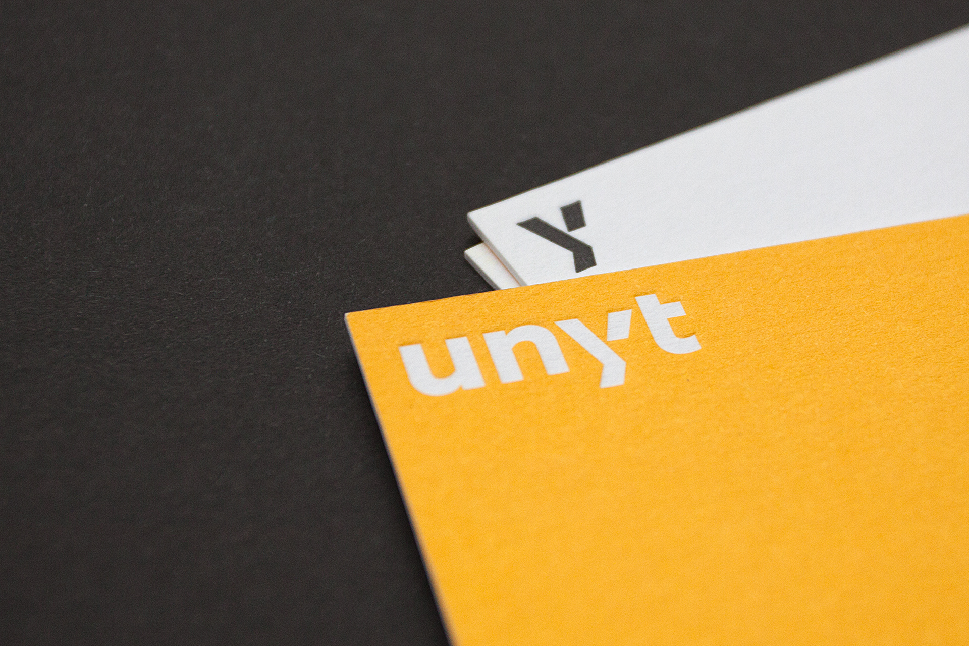 unyt-businesscard-2803