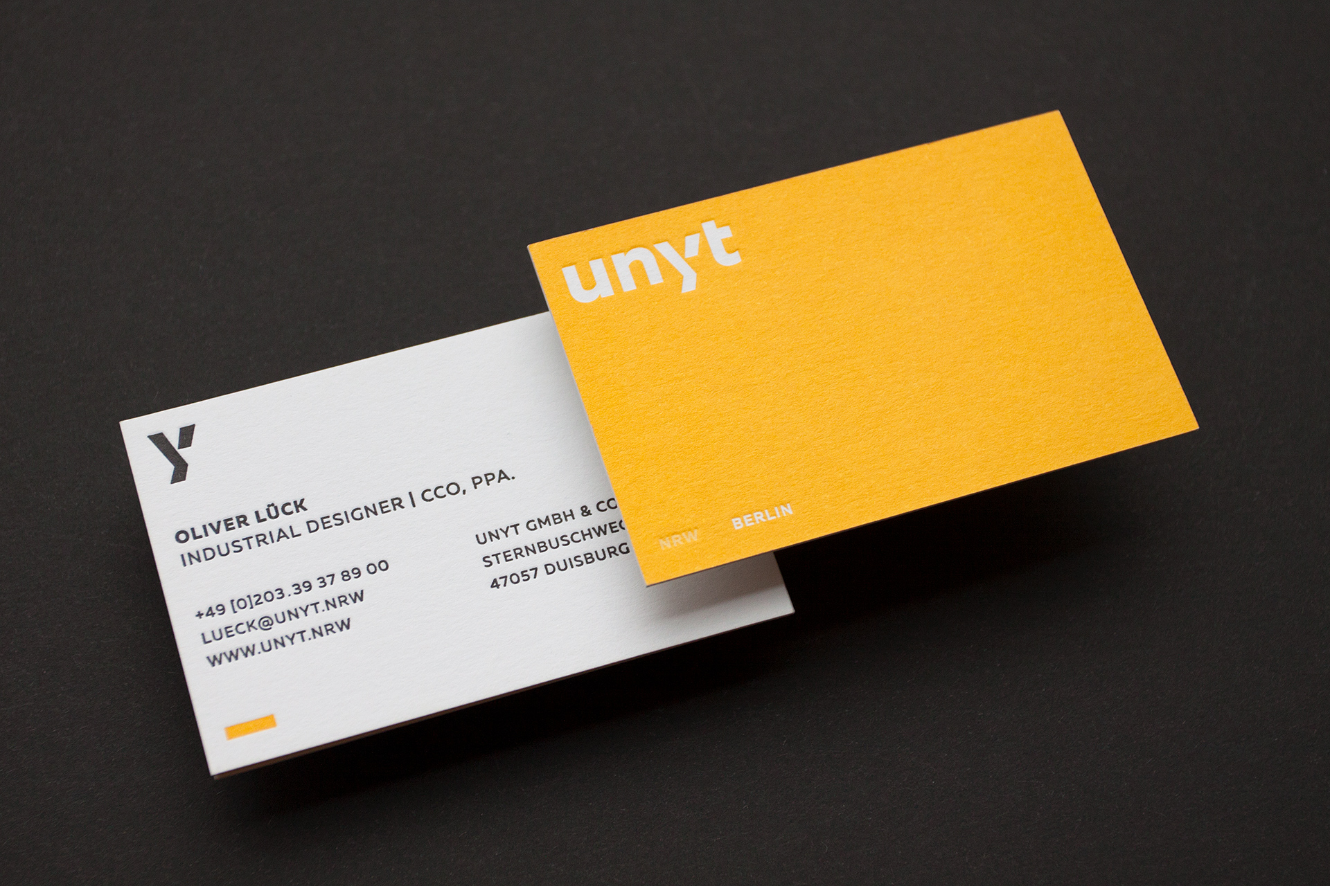 unyt-businesscard-2821