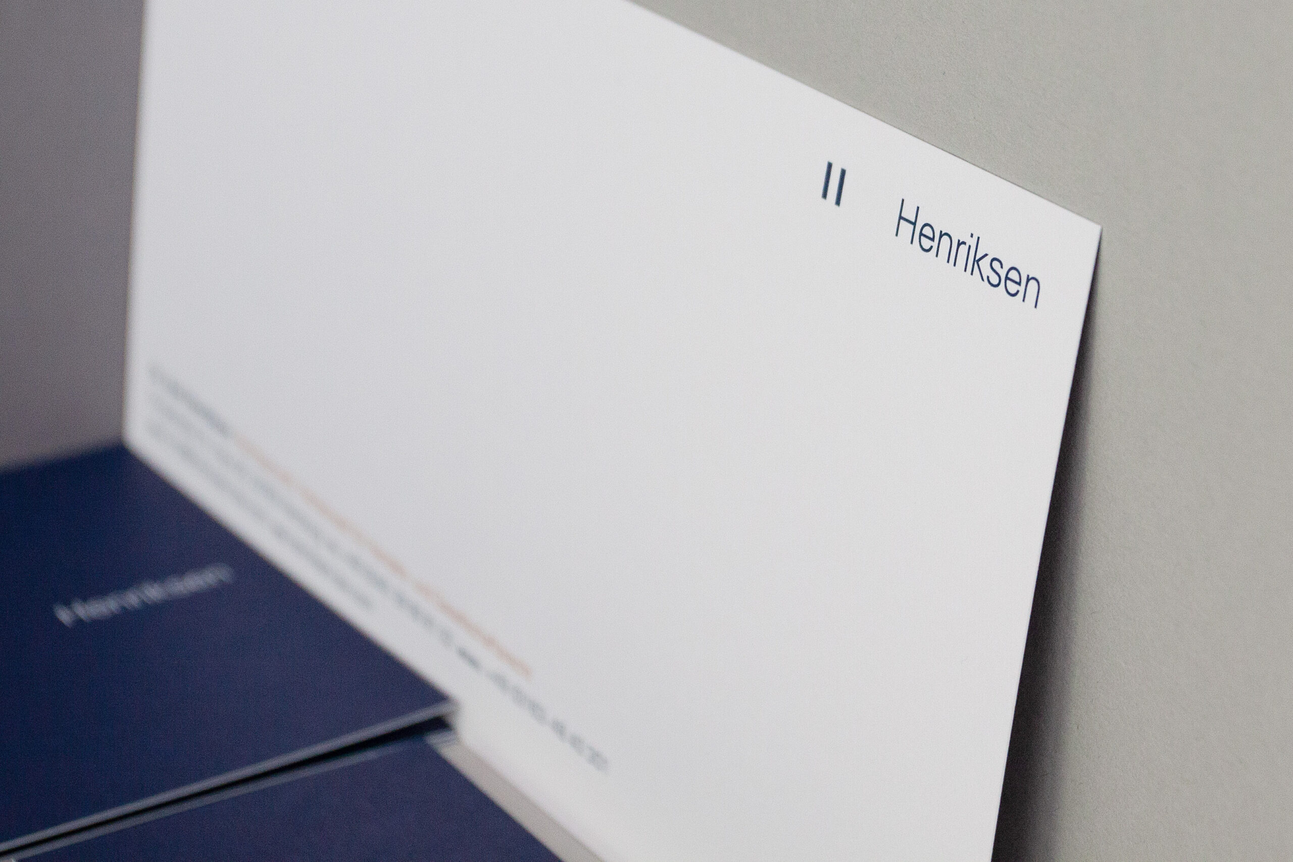 Henriksen-corporate-design-buero-ink-04